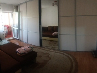 Apartament 4 camere zona expo