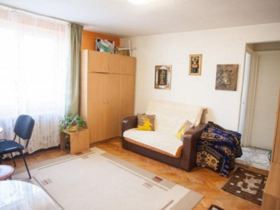 Apartament 2 camere-zona Hermes
