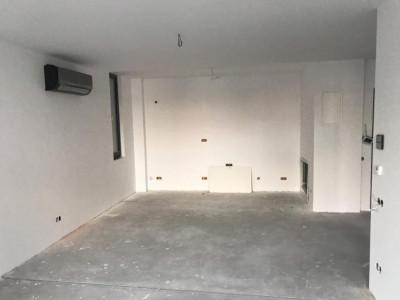 Apartament pretabil birou