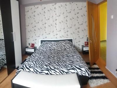 Apartament 4 camere zona BILLA