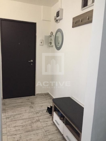 Apartament 3 camere, 55 mp
