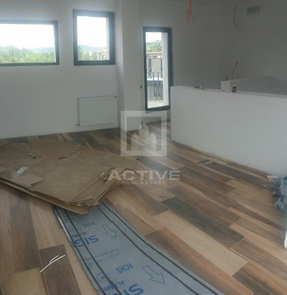 Showroom +birouri
