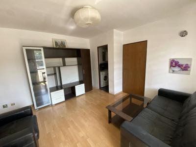 Apartament 3 camere langa mercur