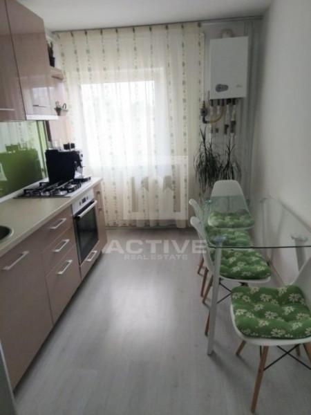 Apartament cu 3 camere, cartier intre lacuri