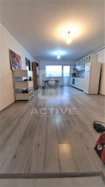 Apartament 3 camere Dambul Rotund