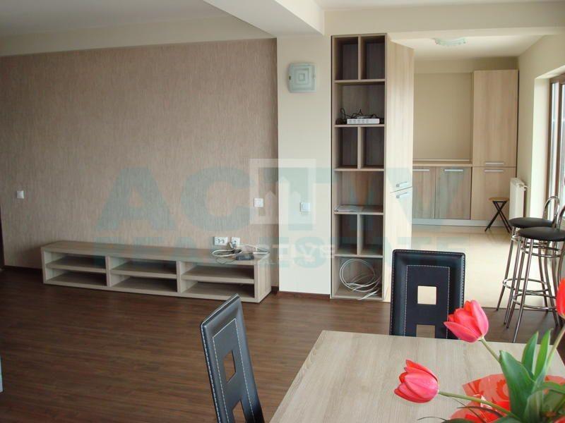 Apartament pe 2 nivele