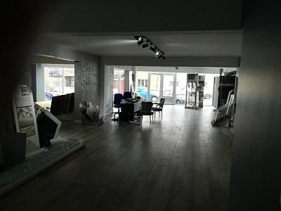 Spatiu birouri zona centrala, cu parcari incluse